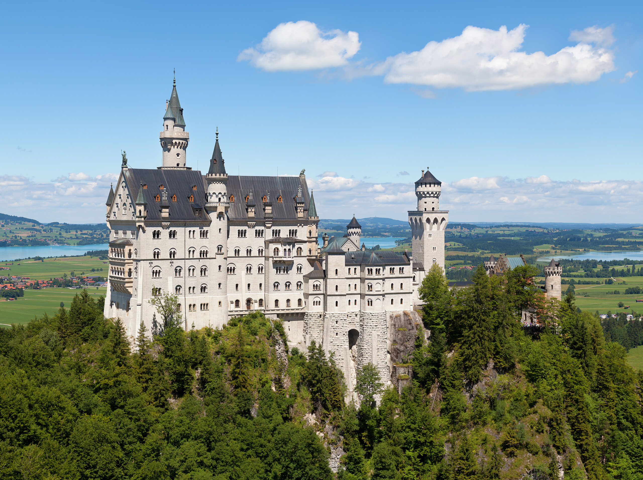 Ought To Repairing Neuschwanstein Castle Background Take 8 Actions?
