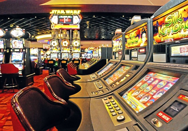 The Easy Online Casino That Wins Customers